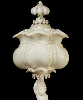 Turned ivory cup, by Pilipp Sengher also called Filippo Senger, Florence, Italy, 1681. Museum no. 74-1865