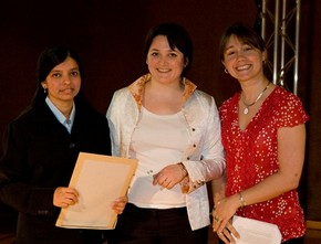 Avantika Katoria receiving the ceramics award from curators, Melanie Vandenbrouck-Przybylski and Amy Mechowski