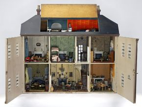 Mrs Hibberd's dolls' house, England 1800-1820 Museum no. MISC.1-1982