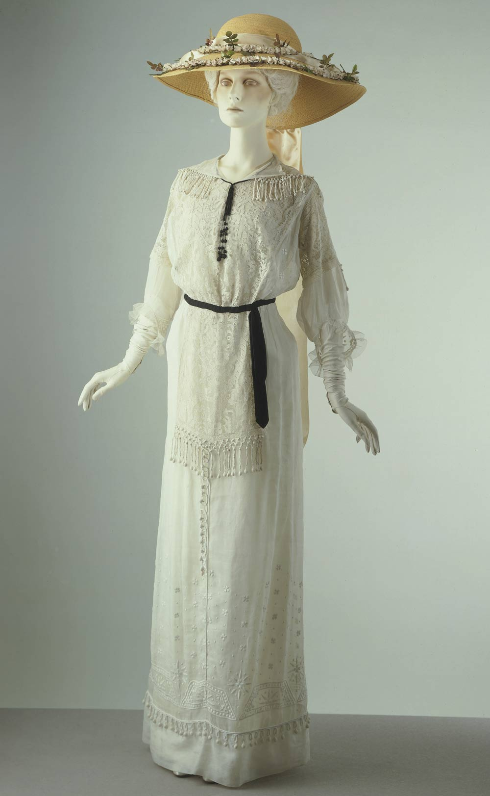 Summer Day Dress About 1910 Museum No T 465 1974