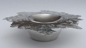 Powder Puff Bowl and cover, Fiona McAlear, 2012