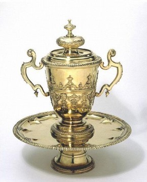 The Bingley Cups, mark of Philip Rollos, 1713-1714 , silver-gilt, London. Museum nos. M.30: 1,2,3-2008