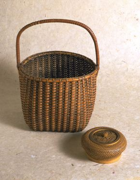 Basket and box, Japan, 19th century. Museum no. 283-1854, © Victoria and Albert Museum, London