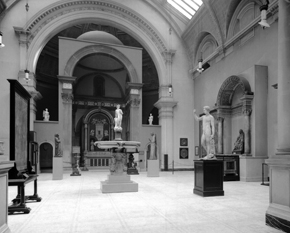 Figure 18. Gallery 50B installation, 1920s. Courtesy of the Victoria and Albert Museum, London