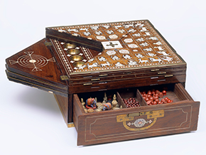 Rosewood games box inlaid with ivory and with brass mounts, Mysore (South India), early 19th century. Victoria and Albert Museum, London.