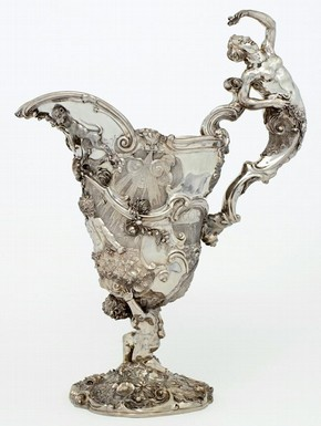 Ewer made for the 6th Earl of Mountrath, 1742-43, sponsor's mark of Paul de Lamerie. Museum no. Gilbert.721-2008, © V&A Images