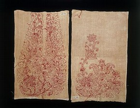 Pair of pockets (reverse), Britain, 1718-1720. Museum no.T.41&amp;A-1935