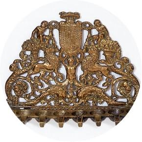 Hanukkah lamp, 1500-1600. Museum no. M.419-1956