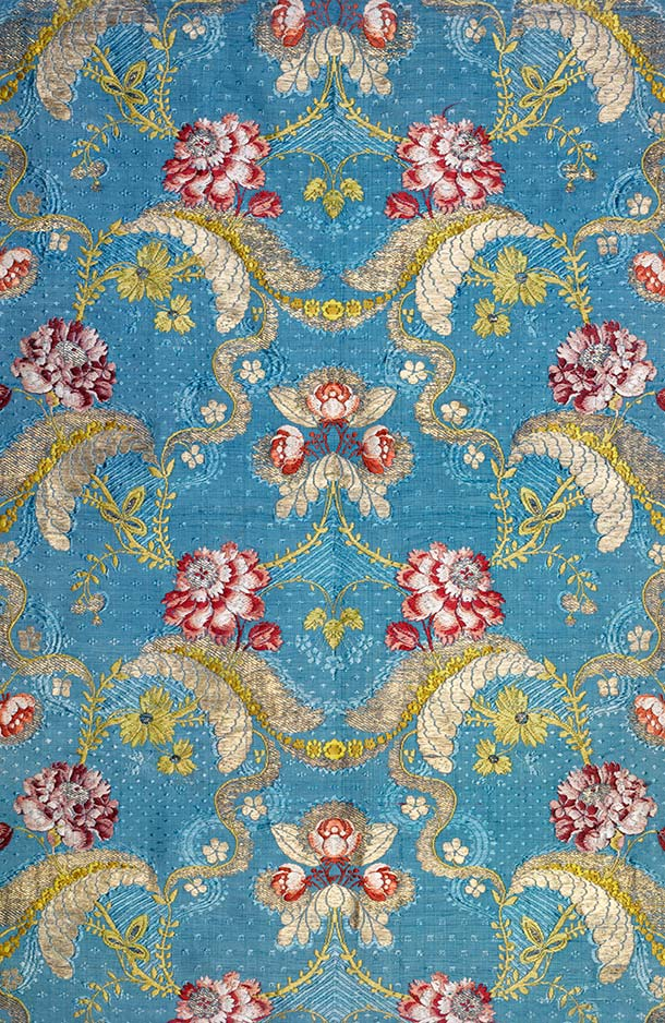Dress fabric, 1745-60, France (probably Lyon),  brocaded silk. Museum no. 115-1912, © Victoria and Albert Museum,  London