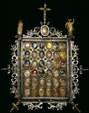 Figure 1 - Reliquary, Spain, 16th century. Museum no. M.153-1956