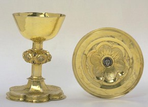Chalice and paten, unknown maker, 1518-1519. Museum no. M.76a-1947