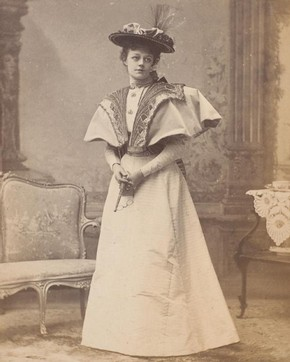 Irene Vanbrugh as Gwendolen Fairfax ('The Importance of Being Earnest'), by Alfred Ellis, publicity photograph from the first production, London, 1895. Museum no. S.149:381-2007