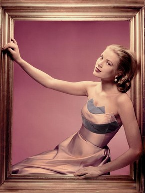 Portrait of Grace Kelly by Erwin Blumenfeld, New York, 1955. © The Estate of Erwin Blumenfeld 2009