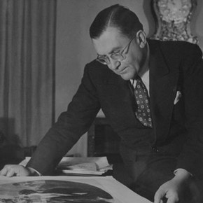 Sir Leigh Ashton, FSA, Director and Secretary of the Victoria and Albert Museum, 1945 – 1955. Photographer Maurice Ambler