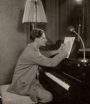 Ivor Novello, New Theatre, Greenwich, London, October 1929, black and white photograph
