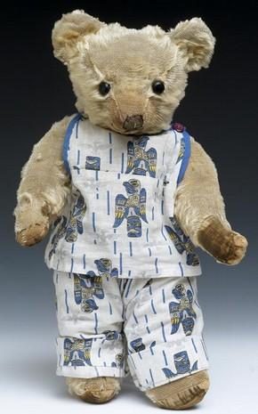 Teddy Bear made by Merrythought Hygienic Toys, about 1935, Museum no. MISC.148-1976