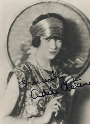 Publicity postcard of Adele Astaire, early to mid 20th century.