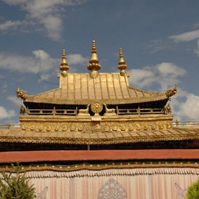 Temple roofs, Jokhang, Lhasa. Photograph © John Huntington