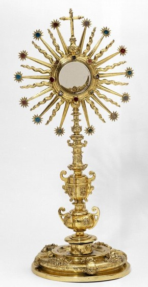 Monstrance, unknown maker, about 1690-1710. Museum no. M.252-1956