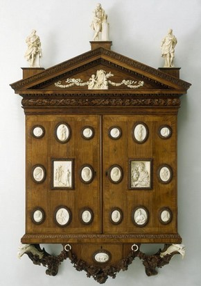 The Walpole Cabinet, made by William Hallett, rosewood and ivory, 1743. Museum no. W.52-1925