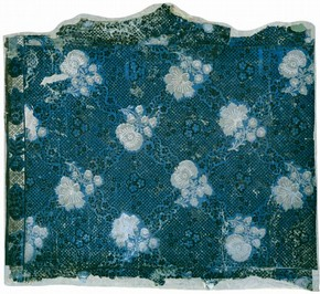 Portion of wallpaper with matching border, about 1750-75. Museum no. E.528-2001