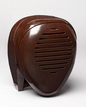 'Radio Nurse' Baby Monitor, Isamu Noguchi for Zenith Plastics Co., USA, 1937. Museum no. W.16-2007