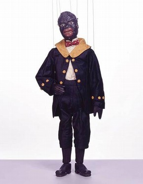 Minstrel marionette, Tiller Clowes collection, Lincolnshire, England, late 1800s. Museum no: S.293-1999