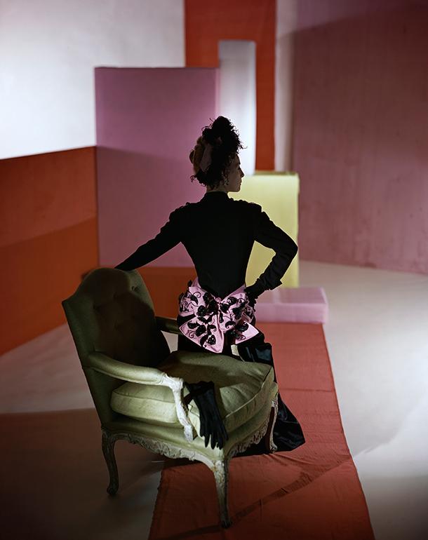 Dinner suit and headdress by Schiaparelli, 1947. © Condé Nast/Horst Estate