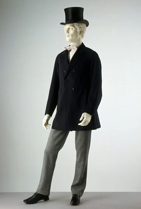 Double-breasted frock coat, unknown maker, 1871. Museum no. T.47-1947.  Victoria &amp; Albert Museum, London