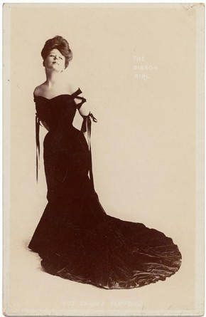 Postcard of a Gibson Girl, early 20th century. Museum no. 1973/A/155, © Victoria and Albert Museum, London