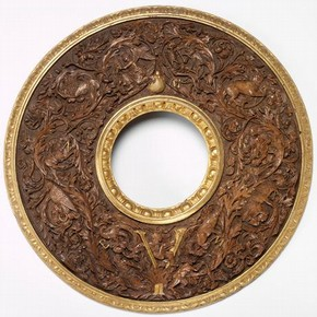 Mirror frame, walnut, carved and partly gilt, with the emblem of Alfonso d'Este, Ferrara, 1502-1519, part of the collections of Jules Soulages
