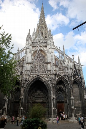 West façade of the church of Saint-Maclou, Rouen, France, begun 1437. Photograph © Sandy Parkins