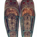 Pair of woman's slippers, Kabul, 19th century. Museum no. IS.2822-1883