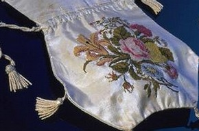 Reticule, England, 1800-24. Museum no. Circ.554-1954