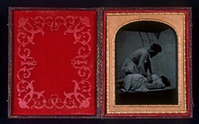 Figure 1 - Robert Crawshay, Turkish Bath scene, 1850-1860, Ambrotype. Museum no. PH.294-1984