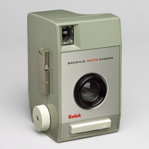 Brownie Vector Camera, by Kenneth Grange for Kodak, 1964. Museum no. Circ. 124-1965