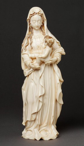 Virgin and Child, carved ivory, China, 17th/18th century, Museum no. 1459-1902