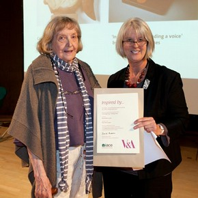 Muriel Morris-Jones receiving the Benefit of Learning Prize from Judy Gawn from NIACE