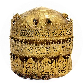 Crown, Ethiopia, 1740. Museum no. M.27-2005