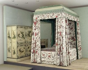 The Garrick bed, Thomas Chippendale Snr, around 1775. Museum no. W.70-1916. © Victoria and Albert Museum, London