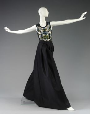 Jumpsuit, Stella McCartney, spring/summer 2011. Museum no. T.103-2011. © Victoria and Albert Museum, London.