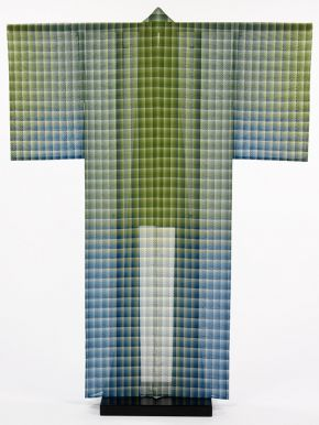 Kimono, 'Blue Mountains and Green Rivers', Tsuchiya Yoshinori, Japan, 2004. Museum no. FE.144-2006, © Victoria and Albert Museum, London