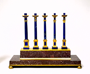 The Five Orders of Architecture, Model by Robert Arnould Drais (France, ca 1780), supposedly 'designed and made for Marie Antoinette, in order to teach her something of the science'. Lapis lazuli columns, mounted in gold; on a base of red porphyry mounted in ormolu, Museum Number 853-1882. Victoria and Albert Museum, London.