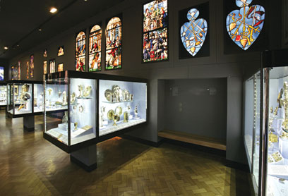 Displaying Stained Glass In A Museum Victoria And Albert