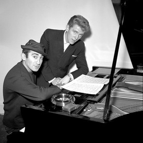 Lionel Bart with singer Shane Fenton (Alvin Stardust), by Harry Hammond, England, 1962. Museum no. S.9014-2009