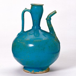 Fritware spouted jug, Jurjan, Iran, about 1180-1220. Museum no. C.152-1977