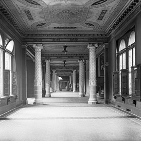 The first ceramic galleries looking towards the West or Ceramic Staircase in 1910.