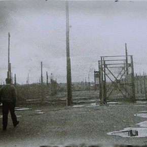Long Kesh internment camp, by anonymous, Northern Ireland, 1971. Museum no. E.55-2003, Given by John and Judith Hillelson