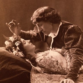 A scene from Romeo & Juliet by William Shakespeare, Lyceum Theatre, London, 1895. © Victoria & Albert Museum, London