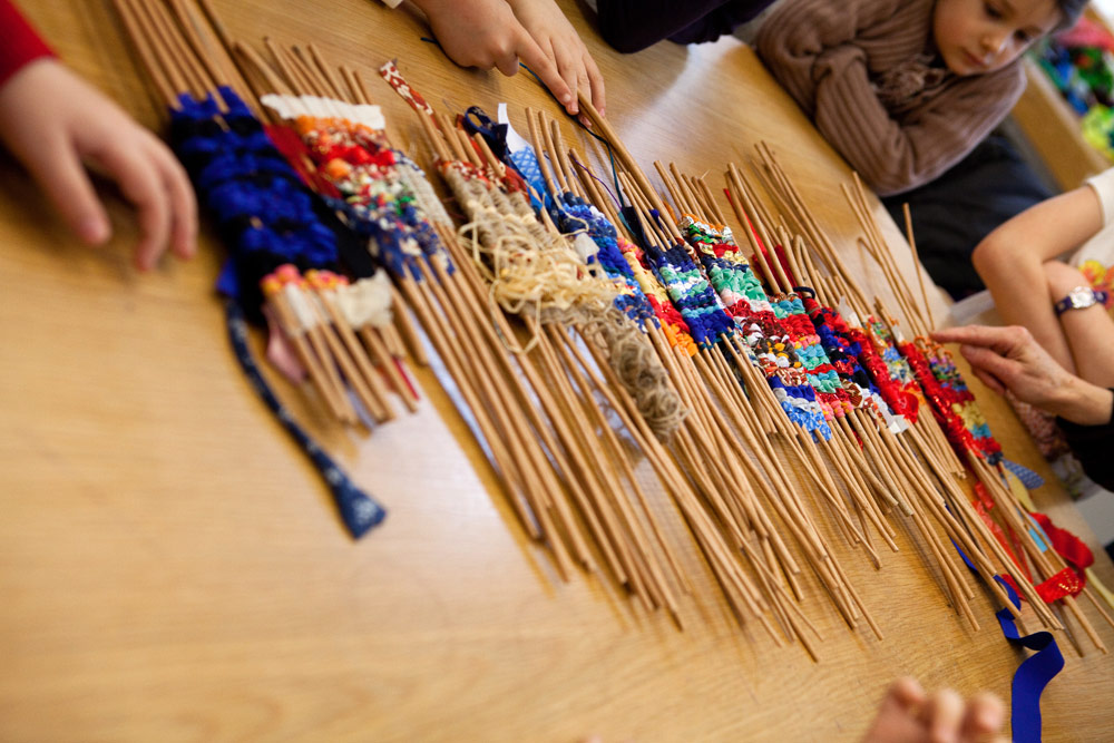 Make-it : Weave workshop with artist Sue Lawty